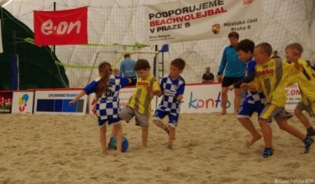 20160416 MP Turnaj Eon Beach Soccer Cup Praha 016