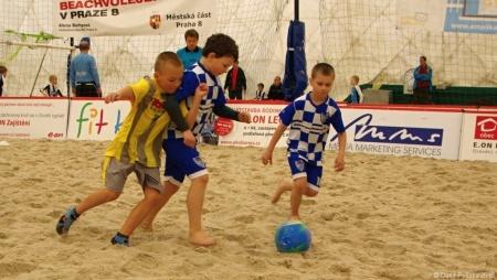 20160416 MP Turnaj Eon Beach Soccer Cup Praha 017