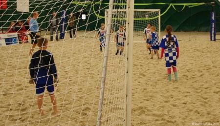 20160416 MP Turnaj Eon Beach Soccer Cup Praha 020